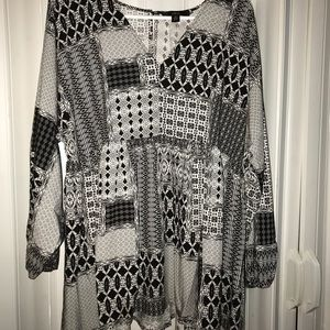 Ellos (Woman Within) Patchwork Babydoll Blouse 🖤